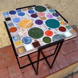 La Plaza Del Pueblo (small table) by Andrea L Edmundson