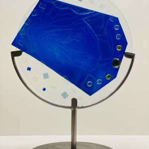5084 - Stain Glass Sculpture