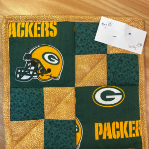 Packer Pot Holder by Betty Gruber