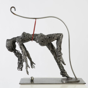 Embrace woman metal sculpture iron molinaro 2 vtwxsz