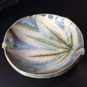 Light and lovely 420 leaf impression ash tray by Nell Eakin