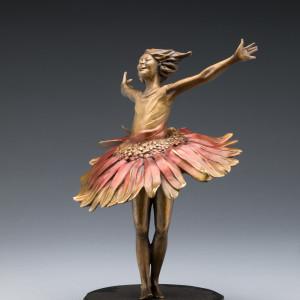 Daisy Dance by Phyllis Mantik deQuevedo