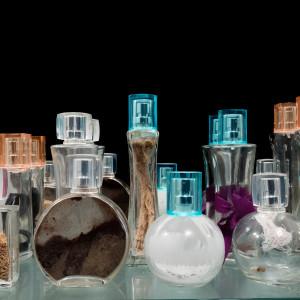 Collection of Smell flasks | Coleção de Vidros de cheiro by Josely Carvalho